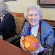 Willows of Arbor Lakes Senior living, pumpkin decorating, senior citizen activities, fall fun